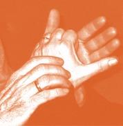 Fotografía dunhas mans na xordocegueira